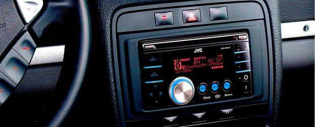 Sistemul audio al masinii poate duce la accidente mortale, spune un studiu