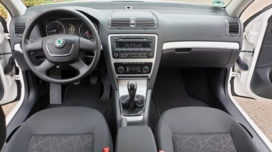 Skoda Octavia full options km reali carte service fab. 2011