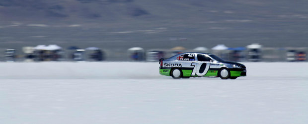 Skoda Octavia RS la Bonneville - Peste 325 km/h!