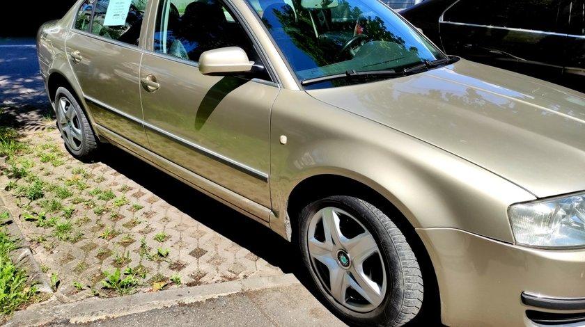 Skoda Superb 2.5 tdi,163 cp,v6 2003