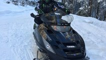 Snowmobil Polaris Trail Touring 2008