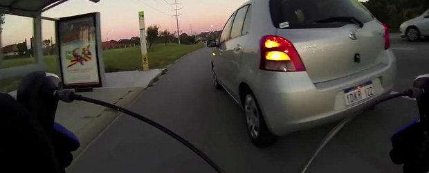 Soferii australieni nu au pic de respect pentru biciclisti