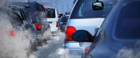SONDAJ: Esti de acord cu interdictia masinilor mai vechi de Euro 5 in centrul Bucurestiului?