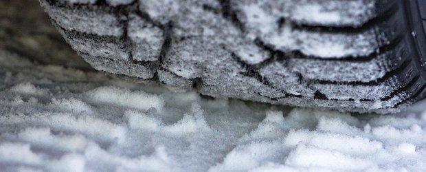 Sondaj: te gandesti deja la anvelopele de iarna pentru sezonul rece?