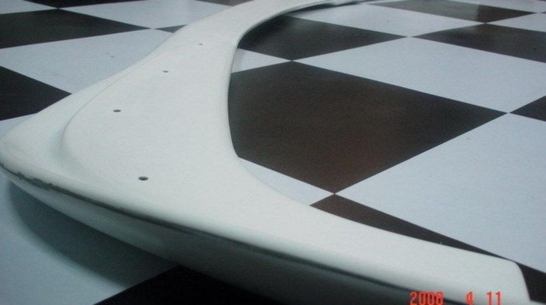 Splitter Hamann pentru BMW E39 cu bara de M
