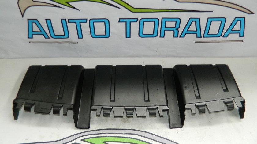Spoiler de sub bara fata Audi Q7 model 2007-2010 cod 4L0615171