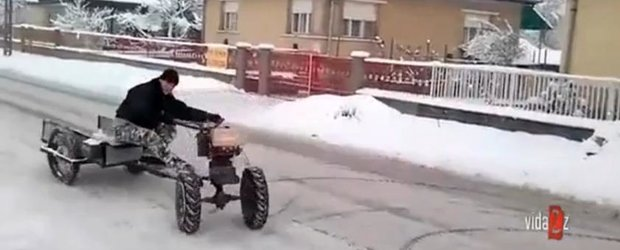 Sporturi extreme de iarna: drifturi cu motosapa
