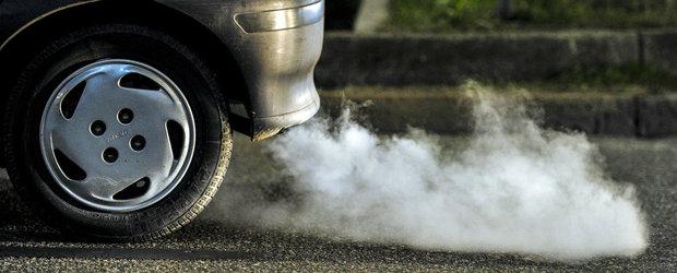 Statistica ingrijoratoare: romanii inmatriculeaza din ce in ce mai multe masini second-hand poluante
