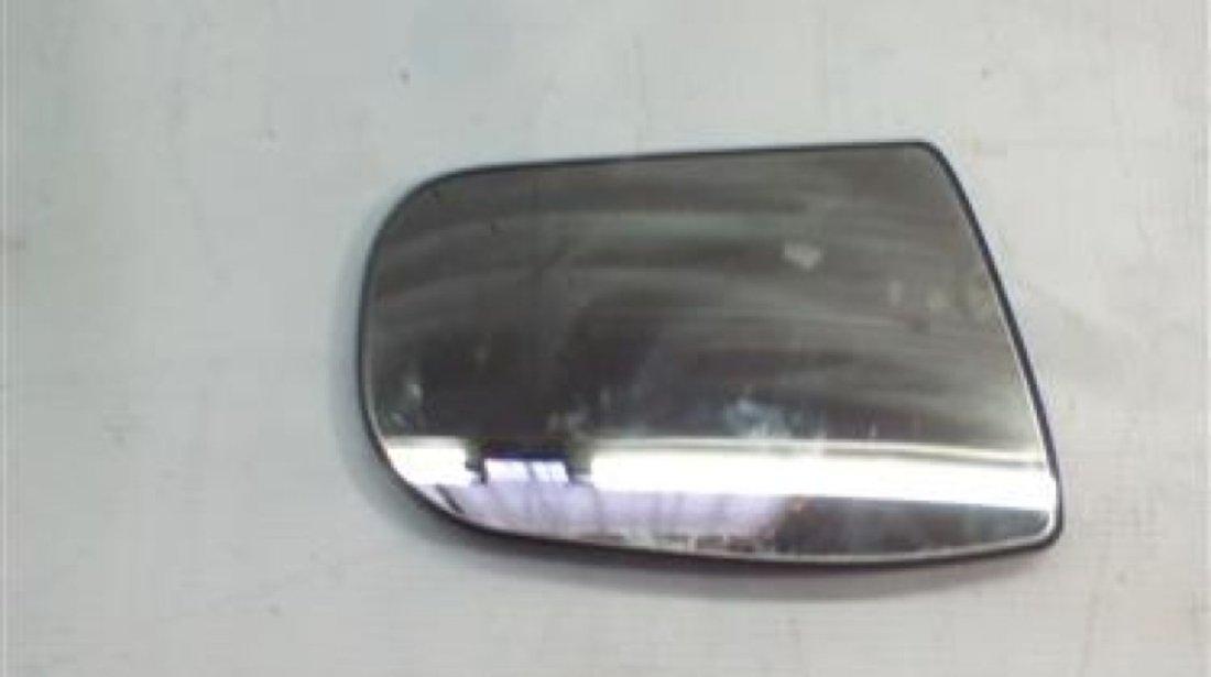 Sticla oglinda dreapta Mercedes E-Classe W210 An 1999-2008 cod 41-3131-454