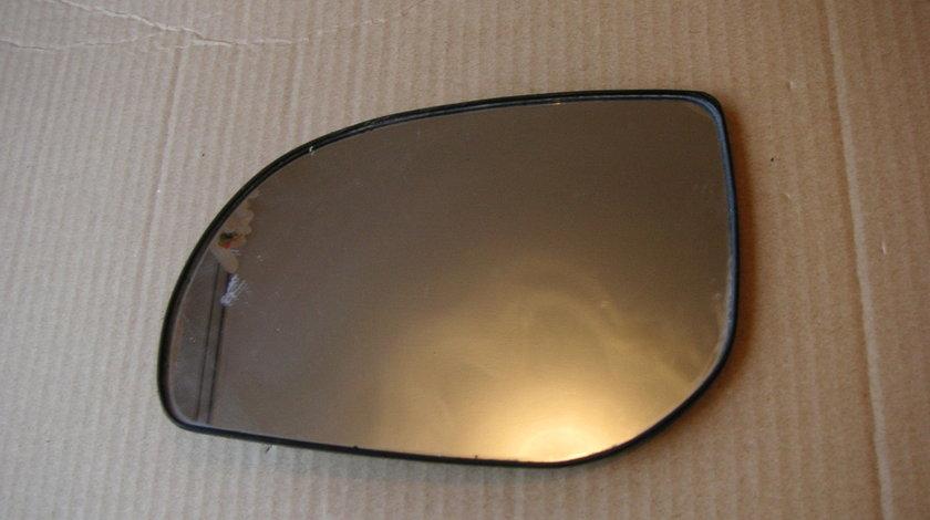 Sticla oglinda stanga Hyundai i20 (2009-2014) originala fara incalzire