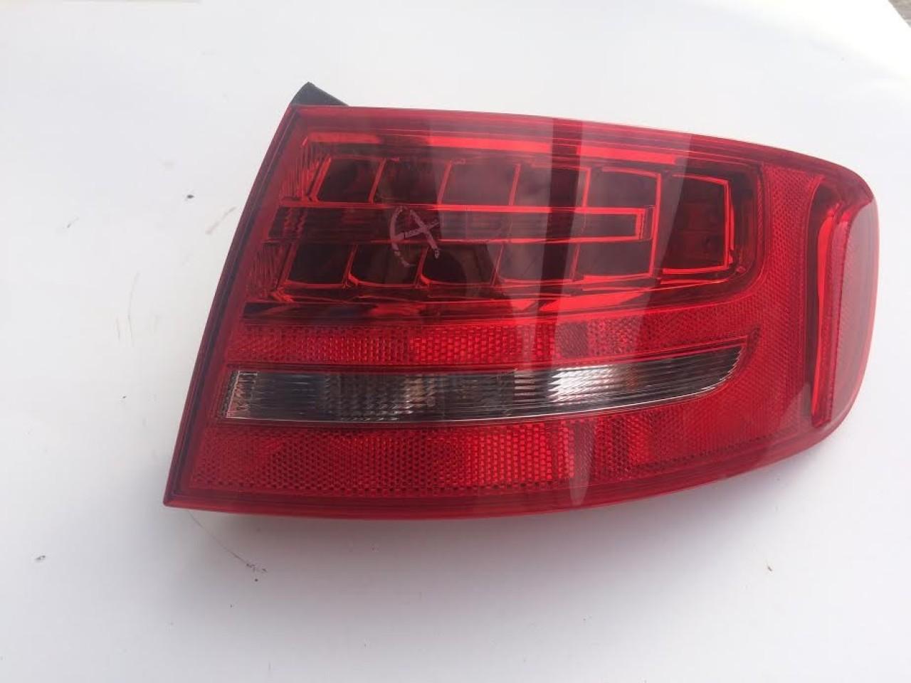 Stop dreapta aripa/ caroserie cu led Audi A4 B8 8K Break cod: 8K9945096B 2008-2014