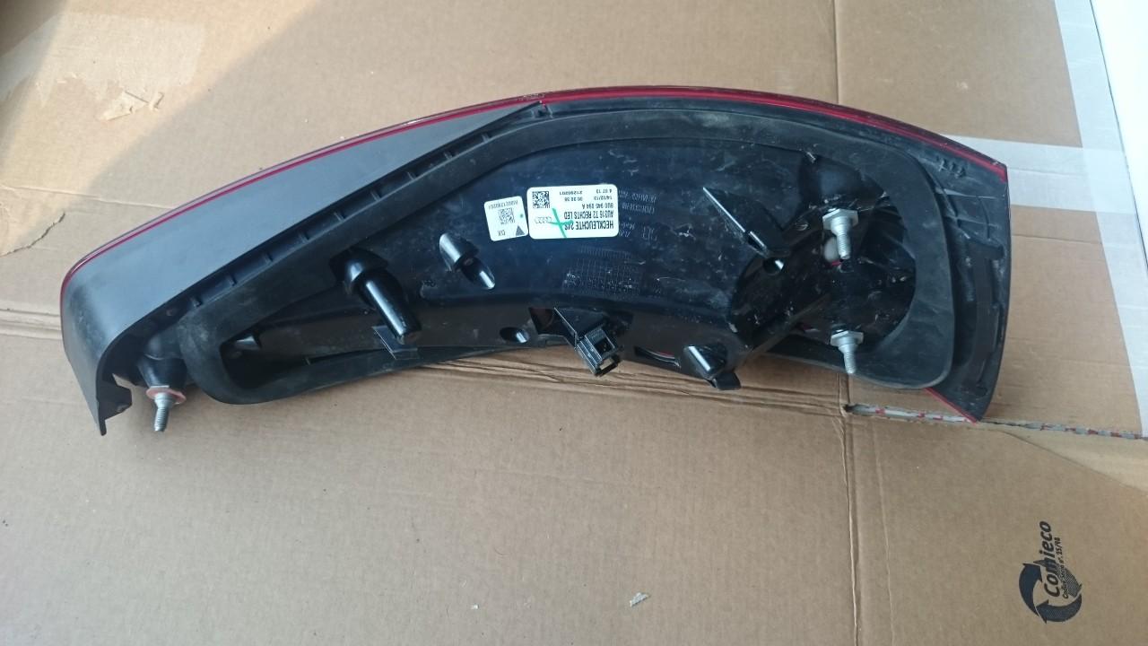 Stop Dreapta Led Hayon Audi Q3 8U cod 8U0945094A