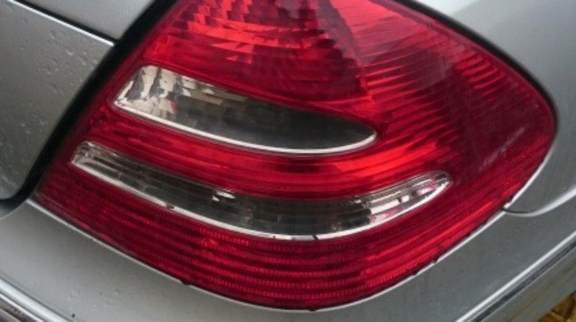 Stop dreapta Mercedes E class w211 Elegance