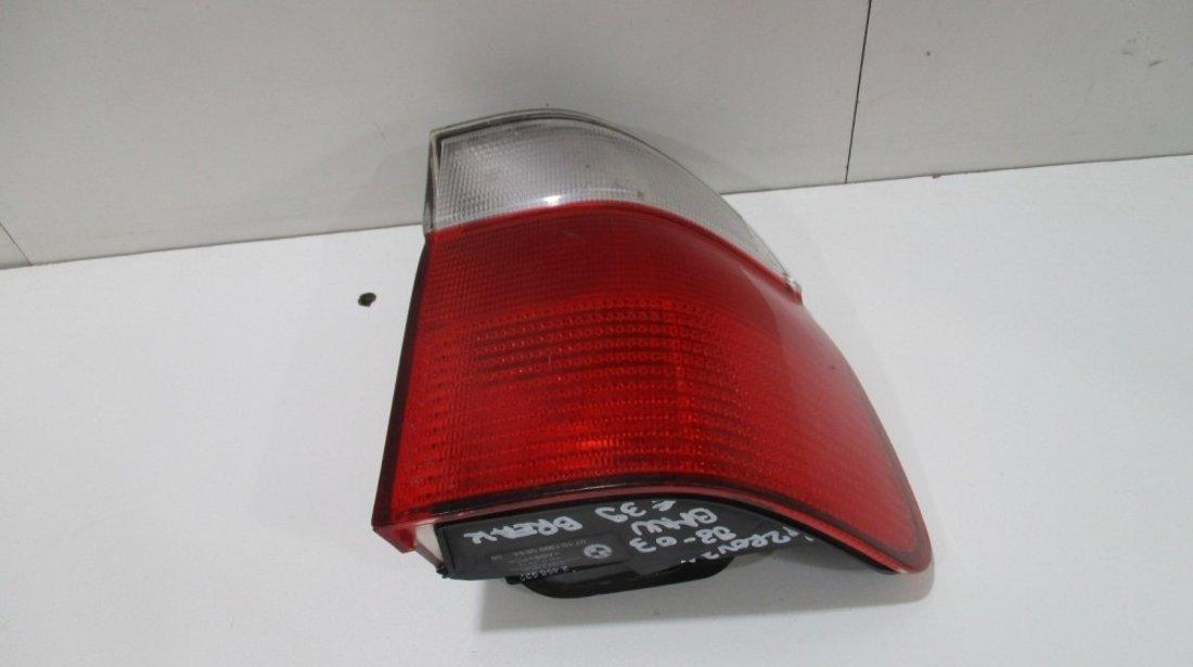Stop dreapta pe aripa BMW SEria 5 E39 Combi an 1998-20013 cod 2496322