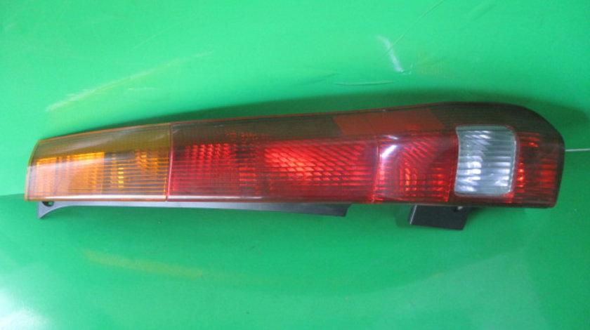 STOP / LAMPA DREAPTA HONDA CR-V 2 4X4 FAB. 2001-2006 ⭐⭐⭐⭐⭐