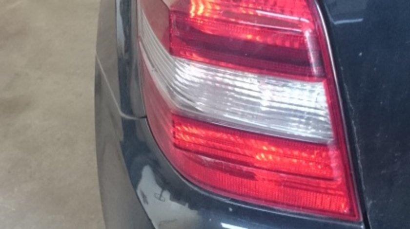 Stop stanga Mercedes ML W164 an 2005-2010