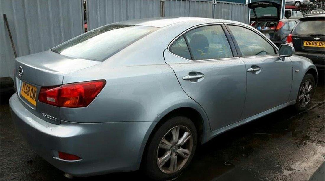 Stop stanga spate Lexus IS 220 2008 Sedan 220d