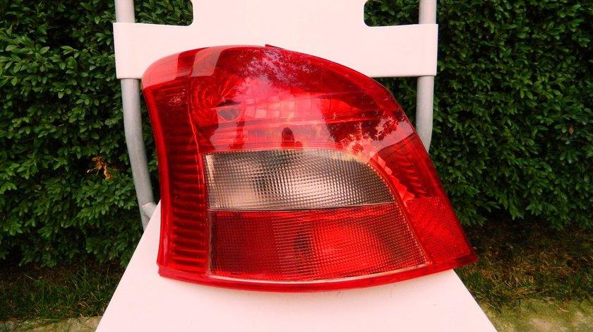 Stop stanga Toyota Yaris model 2005-2009