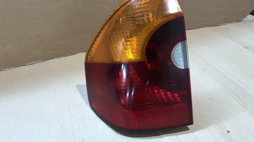 Stop tripla lampa bmw e83 x3 stanga spate 63216990167