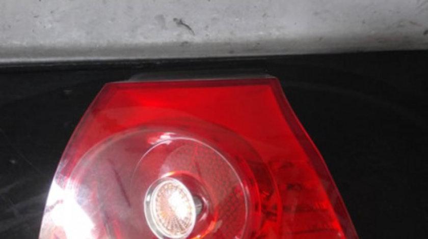 Stop tripla lampa dreapta aripa vw golf 5 1k 1k6945096q 89031830