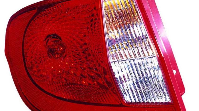Stop tripla lampa spate stanga (semnalizator alb, culoare sticla: rosu) HYUNDAI GETZ HATCHBACK 2005-2009