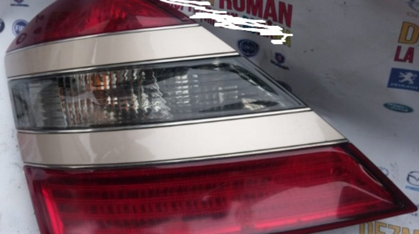 Stop tripla lampa stanga spate Mercedes s class s320 w221 motor 3.0CDI om642