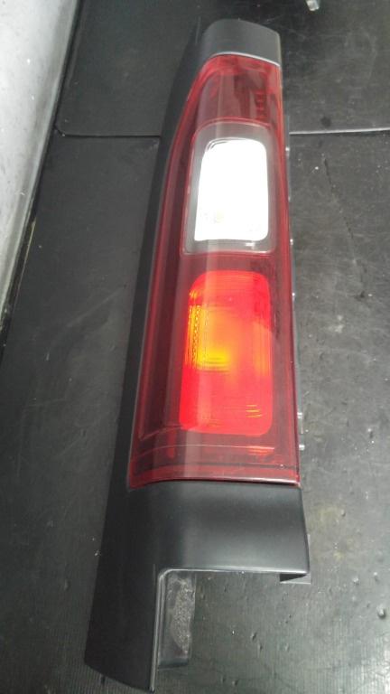 Stop tripla stanga renault trafic 3 dupa 2014 93450958