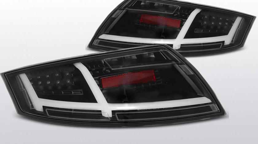 Stopuri AUDI TT 04.2006-02.2014 negru cu LED