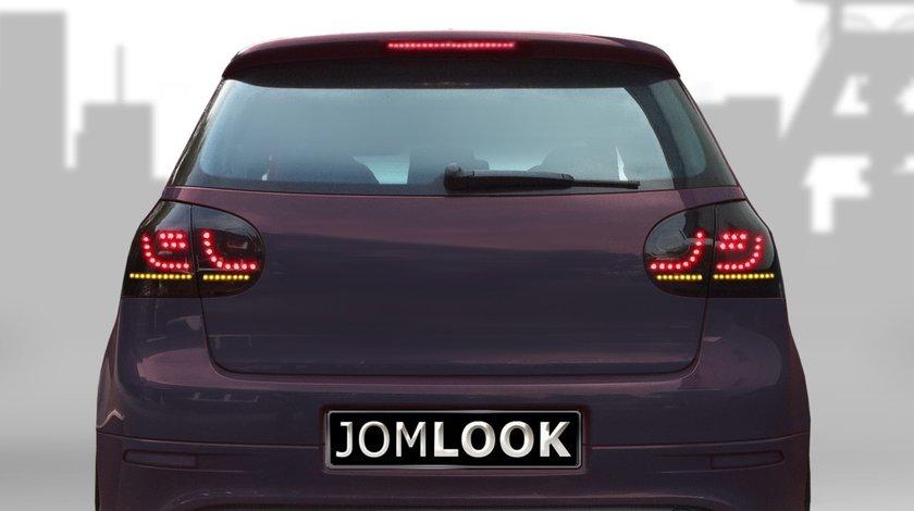 Stopuri VW Golf 5 intre 2003-2008 LED Dynamic model Fumuriu