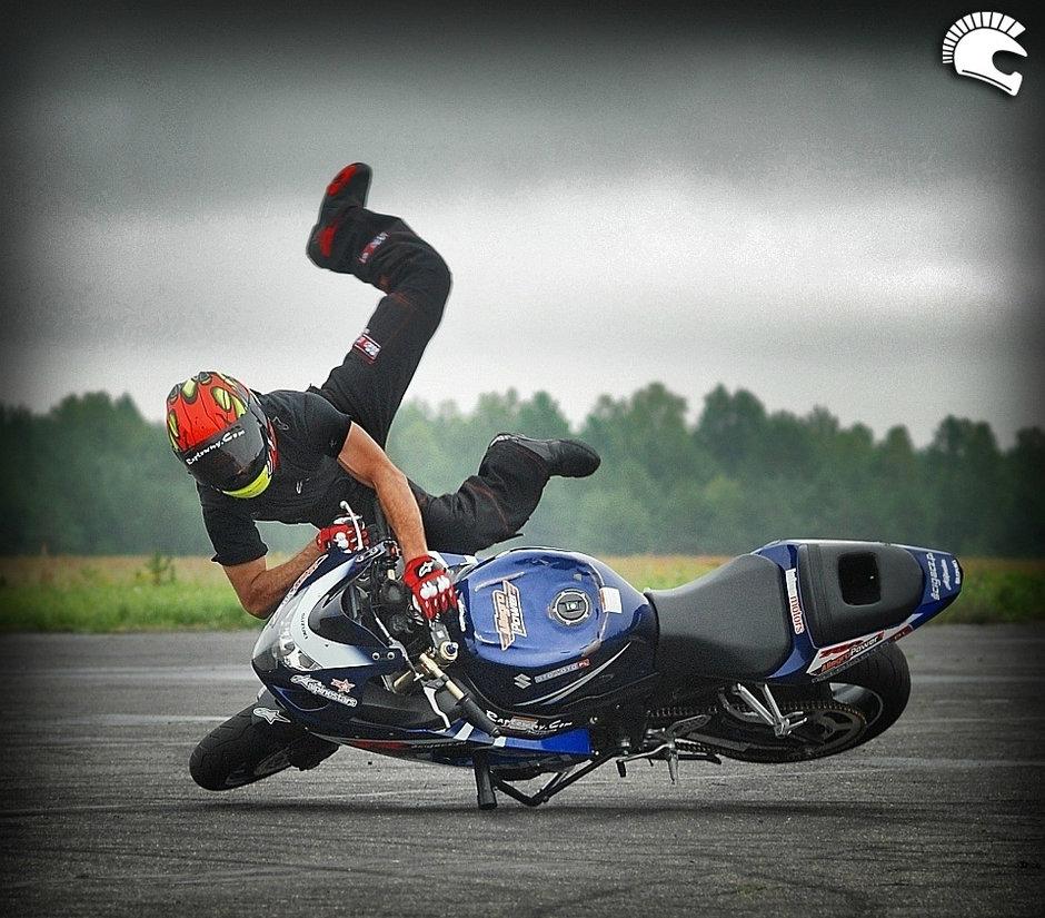 Stunt-ride la Drift Grand Prix cu Raptowny, cel mai tare cascador din Polonia
