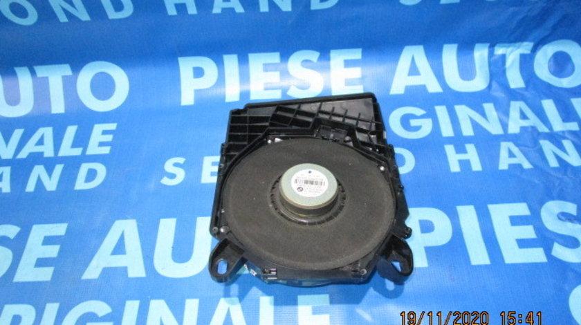 Subwoofer BMW E90; 6954871 // 6925330