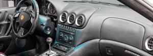 Sunt numai 246 de exemplare in lume cu CUTIE MANUALA. Cat mai costa in ziua de azi un Ferrari 575M