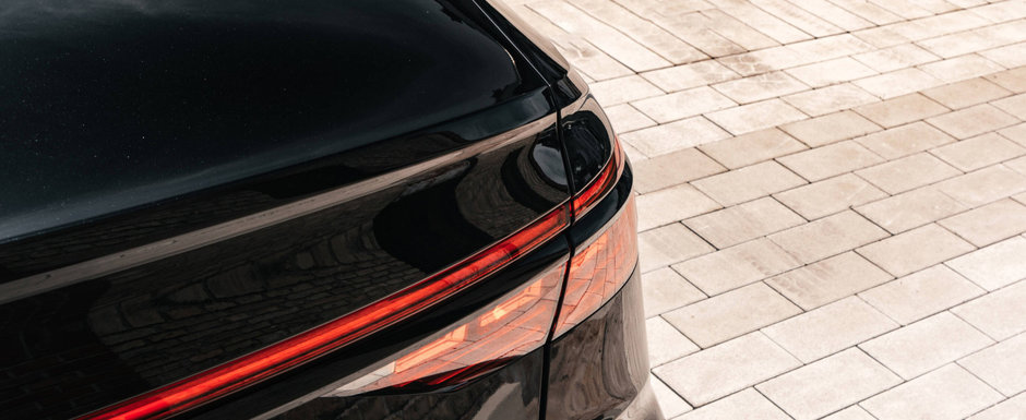 Super-limuzina care concureaza cu Mercedes S63 AMG a primit un upgrade serios de putere