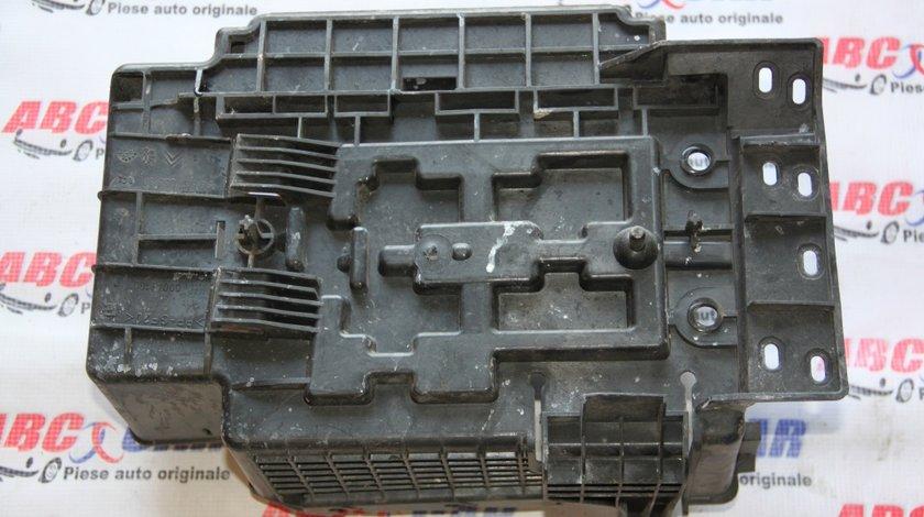 Suport baterie Citroen C2 1.4 Benzina model 2005