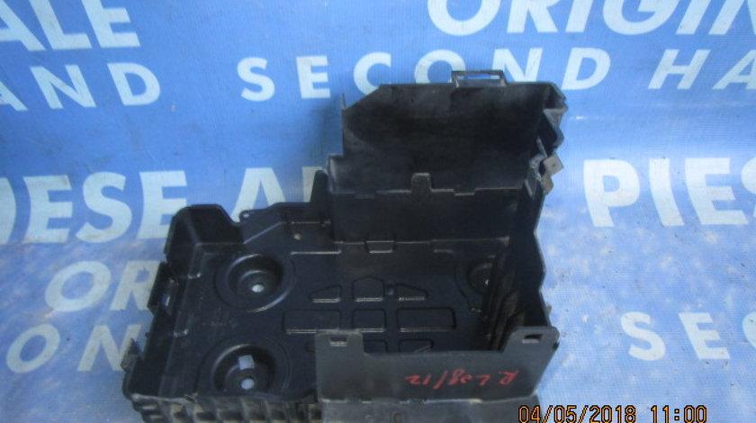 Suport baterie Renault Laguna ; 8200183327