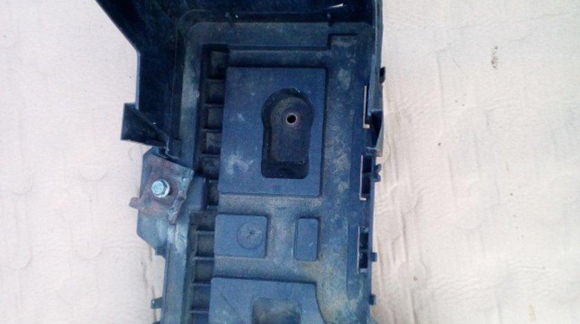 Suport baterie Volkswagen Passat B6