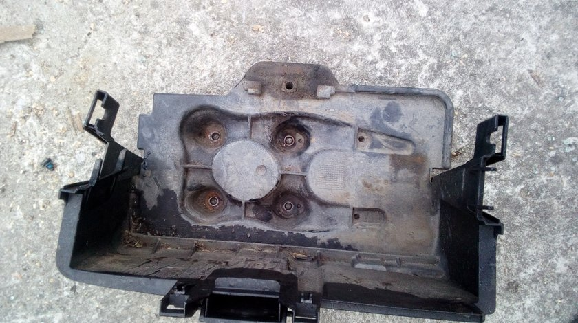 Suport baterie VW Golf 4 1.9tdi AJM 2 usi
