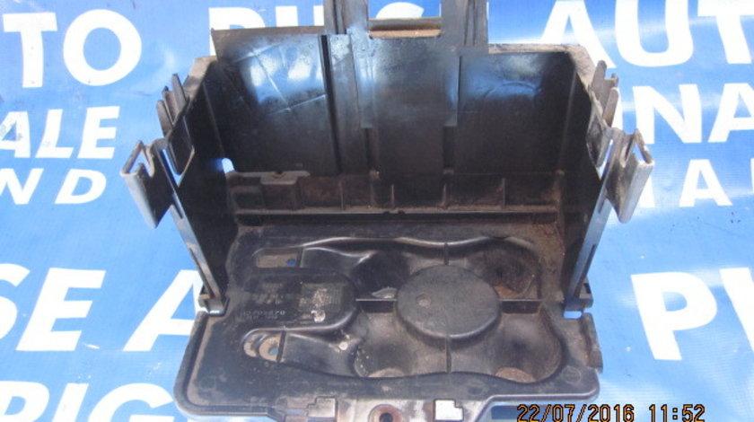 Suport baterie VW Golf 4:1JO 915 333 A RKT 2