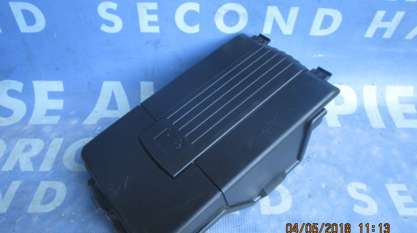 Suport baterie VW Golf 4 ; 1K0915443