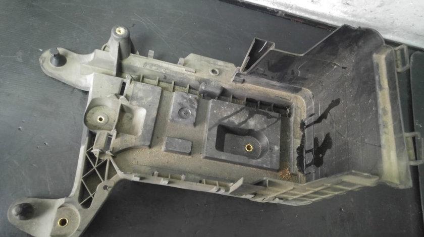 Suport carcasa baterie bkd 2.0 tdi vw jetta 1k0915336b