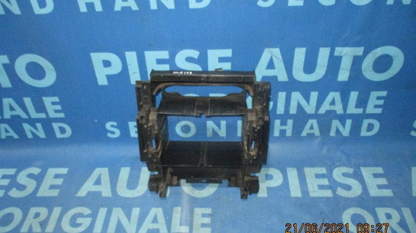 Suport casetofon Mercedes C200 W203; A2036890216