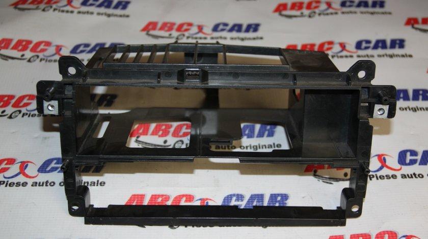 Suport CD Player / panou climatromic BMW Seria 3 E46 cod: 51458196112 model 2002