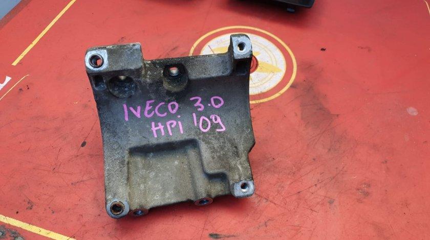 Suport compresor 504047884 Iveco Daily 3.0 hpi 2009
