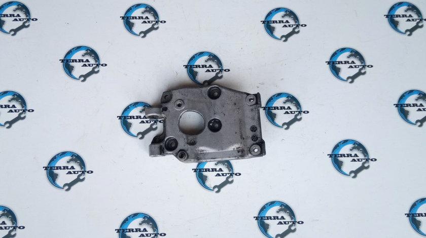 Suport compresor ac Ford Focus 2 1.6 TDCI cod motor G8DB