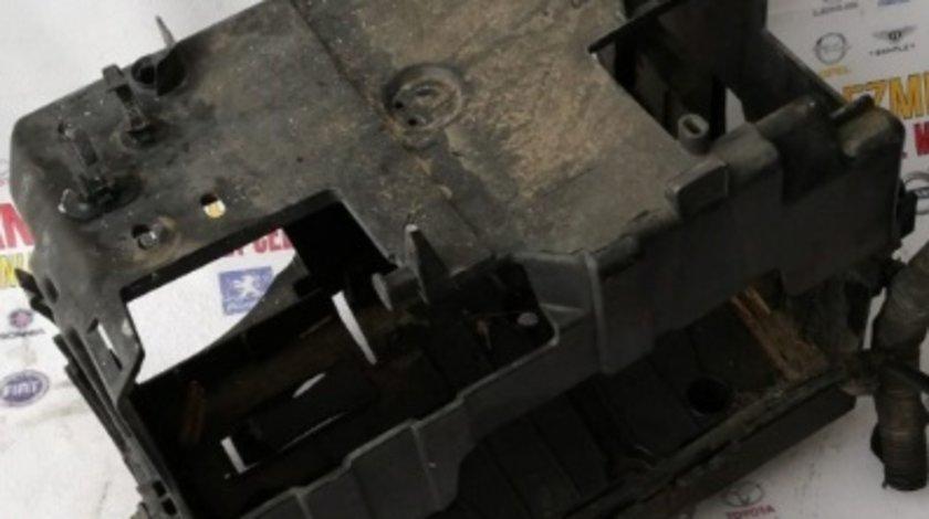 Suport cu capac baterie peugeot 508 sw 2.0hdi motor rhf 140cp