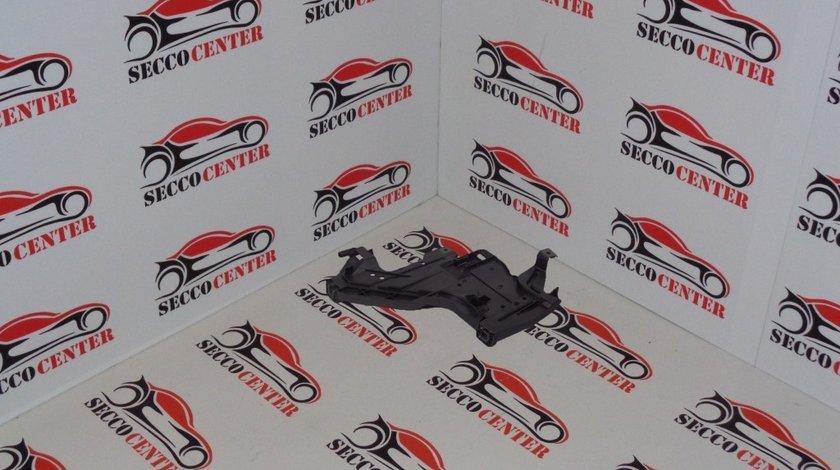 Suport far inferior Audi A4 B8 2007 2008 2009 2010 2011 2012 stanga