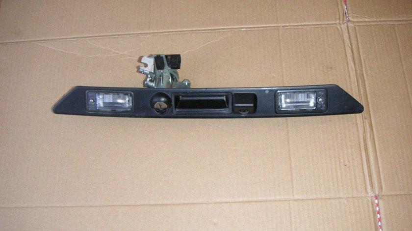 Suport lampi numar cu locas pentru camera marsarier Audi A8 D4 S8 4H (2011-2014) cod 4H0827574