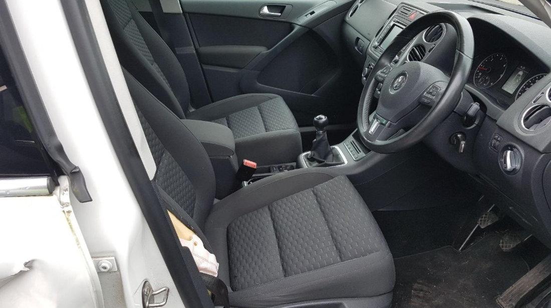 Suport motor Volkswagen Tiguan 2011 SUV 2.0 TDI