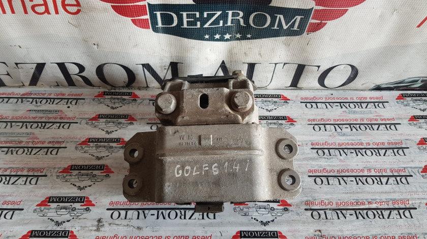 Suport / Tampon cutie viteze stanga VW Golf VI 1.4i 80 cai motor CGGA cod piesa : 1K0199555L