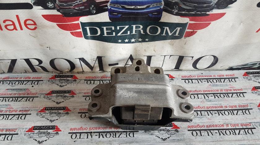 Suport / Tampon cutie viteze stanga VW Passat CC 2.0 TFSi 200 cai motor CAWB cod piesa : 3C0199555AA